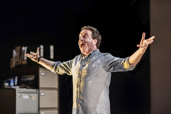 Mark Thomas in Cuckooed at the Traverse