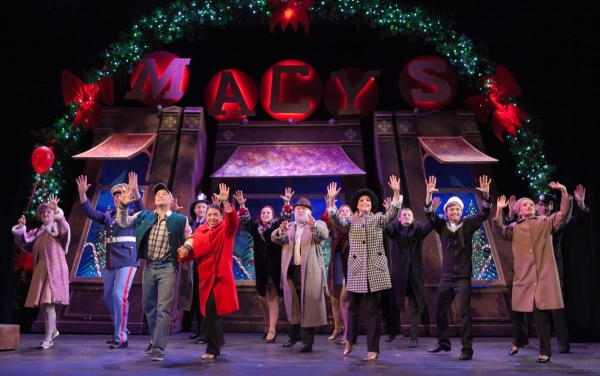 The 2013 cast of Miracle on 34th Street