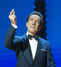 Smooth criminal: Robert Lindsay in the West End production