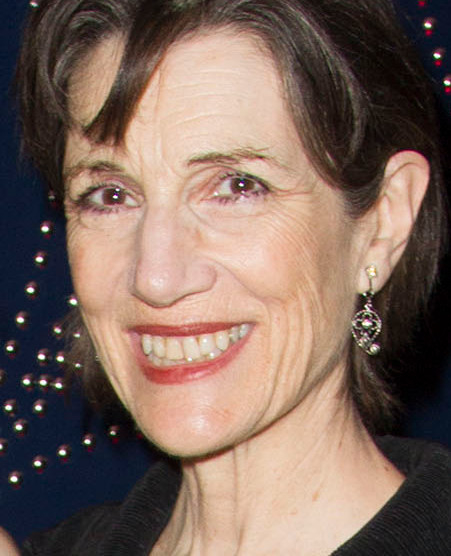 Harriet Walter will play Willy's wife Linda