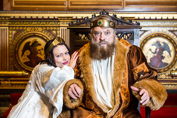 Rosalind Blessed (Goneril) and Brian Blessed (King Lear) in King Lear