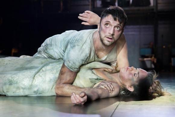 Gyula Orendt as Orfeo and Mary Bevan as Euridice in Orfeo (ROH/Roundhouse)
