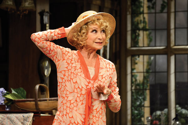 Felicity Kendall (Judith Bliss) in Hay Fever