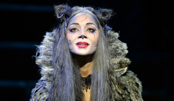 Nicole Scherzinger as Grizabella in Cats