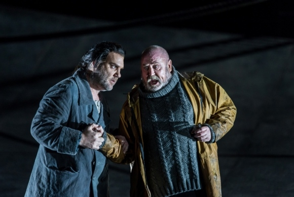 Bryn Terfel as the Dutchman and Peter Rose as Daland in Der fliegende Holländer (ROH)