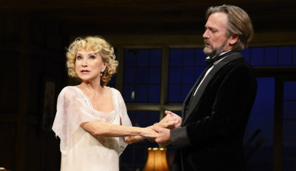 Felicity Kendal (Judith Bliss) and Simon Shepherd (David Bliss) in Hay Fever