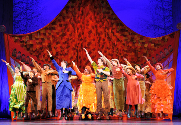 """A previous cast of Mary Poppins performing """"Supercalifragilisticexpialidocious"""""""