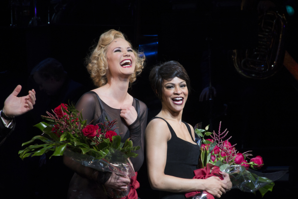 Jennifer Nettles and Carly Hughes enjoy their first joint Chicago curtain call