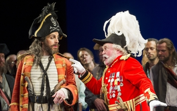 Joshua Bloom as the Pirate King and Andrew Shore as Major-General Stanley in The Pirates of Penzance (ENO)