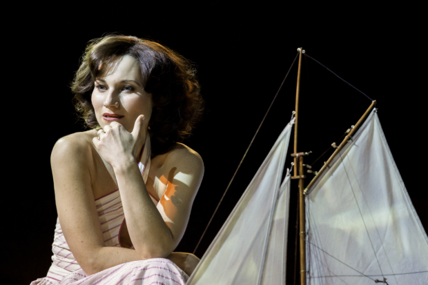 Kate Fleetwood as Tracy