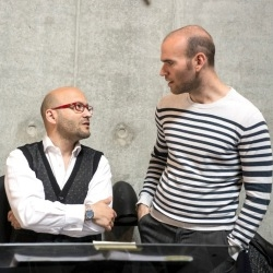Conductor Enrique Mazzola in discussion with Michael Fabiano during rehearsals for Poliuto (Glyndebourne Festival Opera)