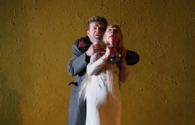 Peter Hoare as Herman and Felicity Palmer as the Countess in The Queen of Spades (ENO)