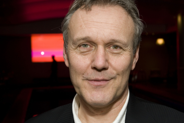 Anthony Head is to star in Paul Andrew Williams' Ticking