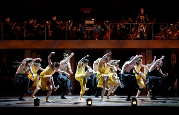 Amanda Forsythe as Amour with the English Baroque Soloists and the Hofesh Shechter Company in ''Orphée et Eurydice (ROH)