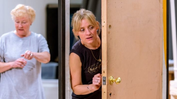 Sue Wallace and Anne-Marie Duff (Lizzie Holroyd)
