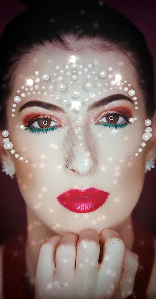 Glued Face Pearls AR Makeup