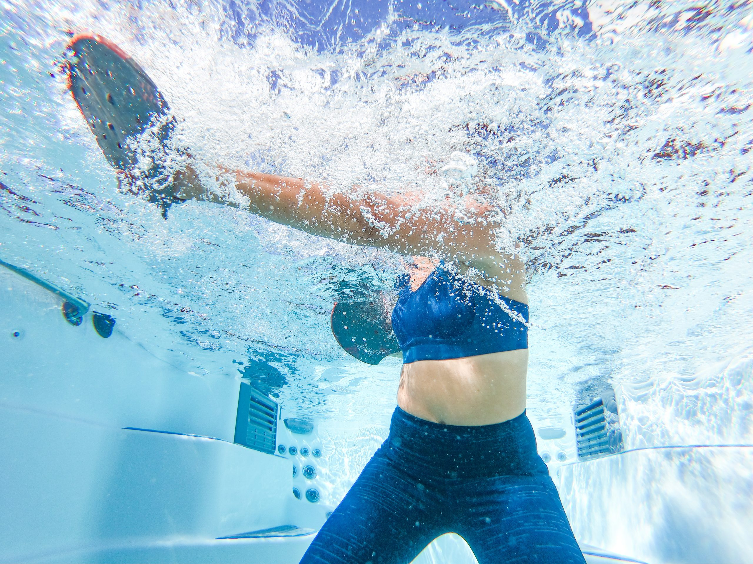 5 Effective Hot Tub Exercises to Keep You Moving