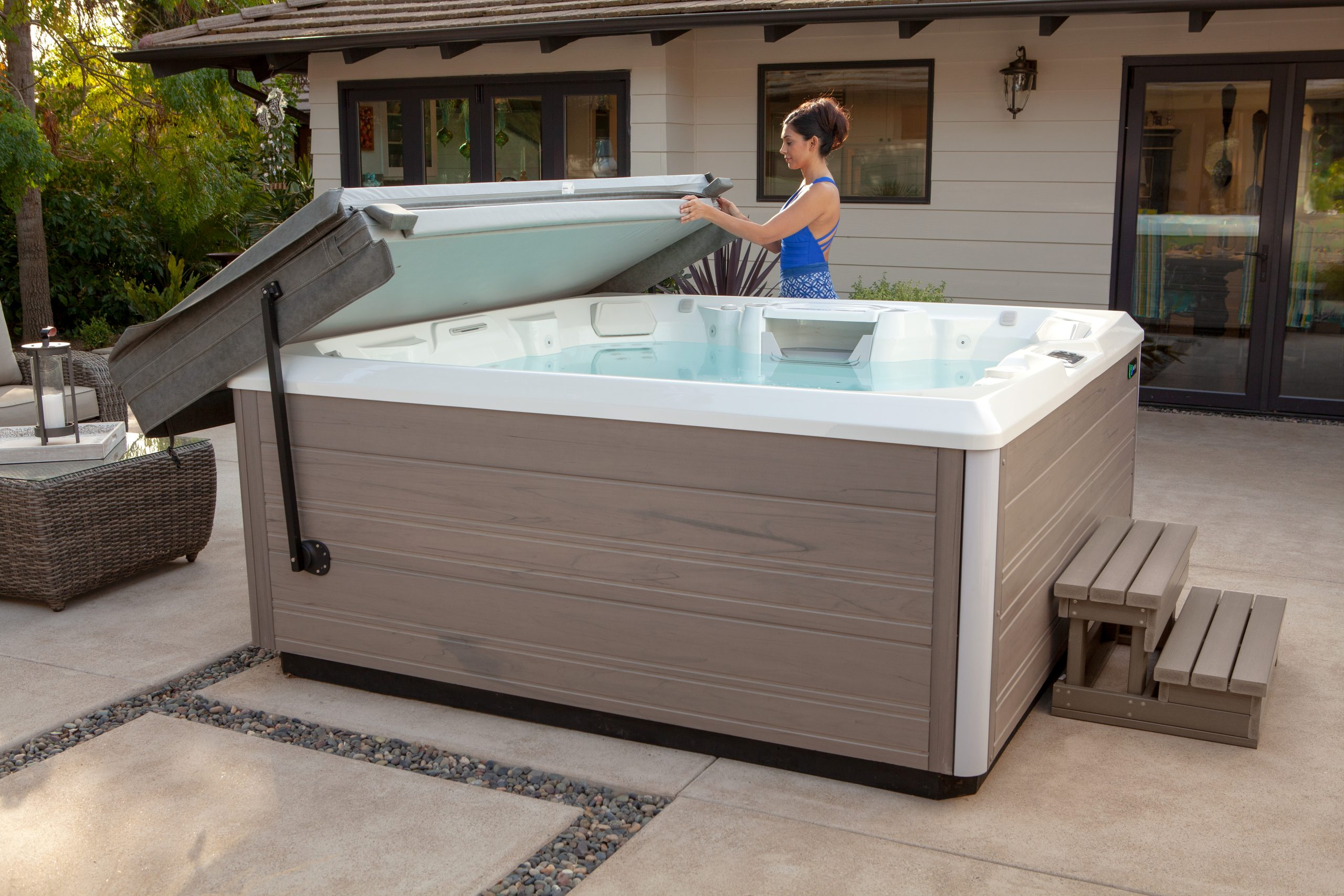 Accessories to Enhance Your Outdoor Hot Tub
