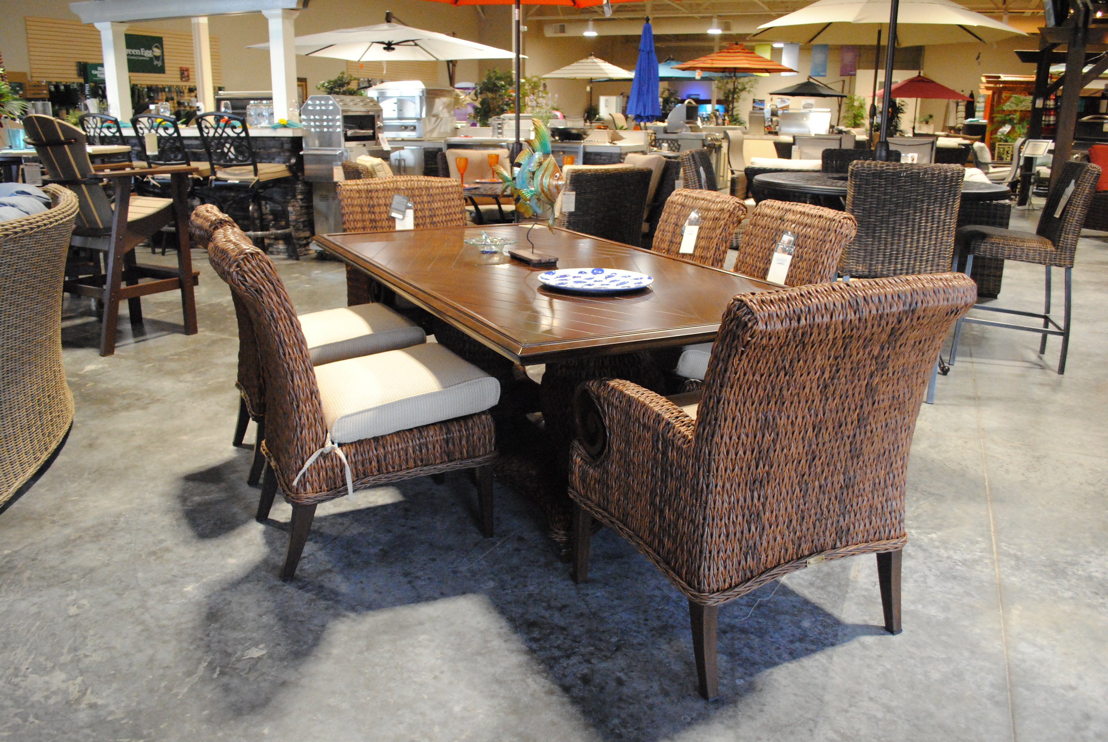2017 decor arriving now - brentwood outdoor living