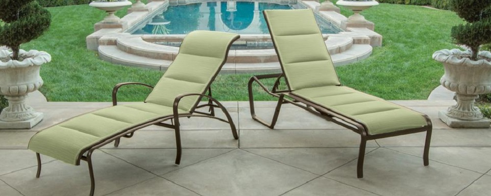 Spinnaker Padded Sling Collection by Tropitone