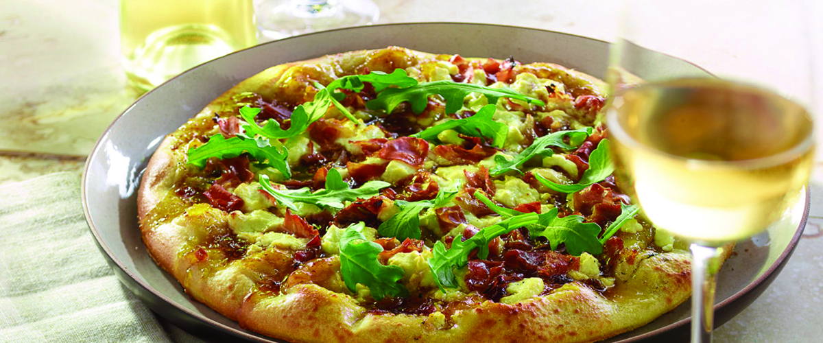 Prosciutto, Fig and Goat Cheese Pizza – Big Green Egg
