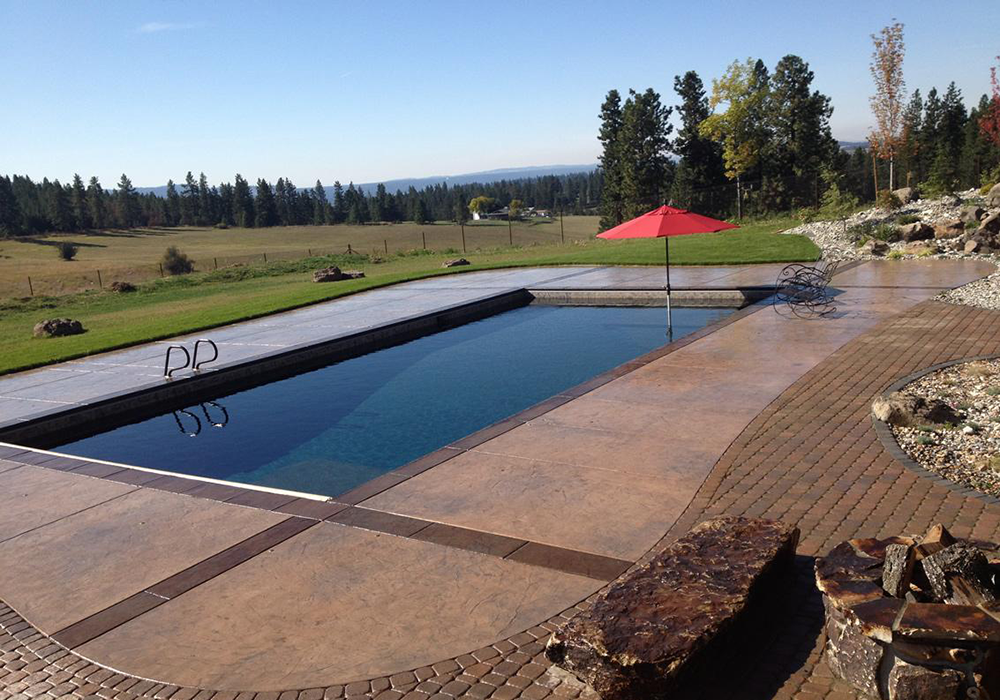 how to build a concrete swimming pool with gunite pool
