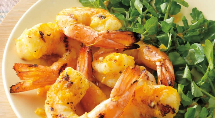 Orange-Fennel Shrimp over Watercress – Weber