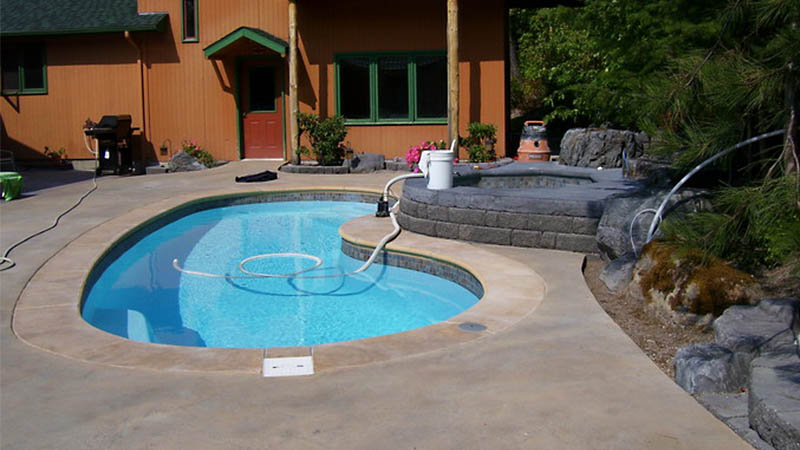 rocky mountain pools contact