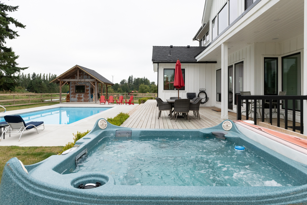 5 Ways To Prepare Your Backyard For Hot Tub Delivery