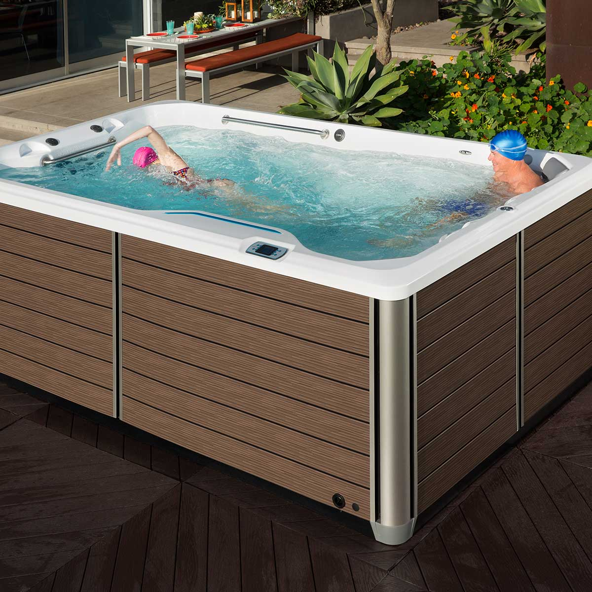 10 Differences between Traditional Pools and Our Pools
