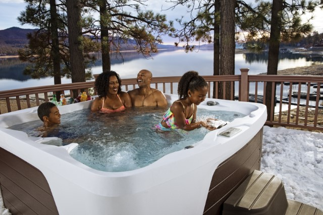 10 Things That Are Better About Using Your Hot Tub in the Winter