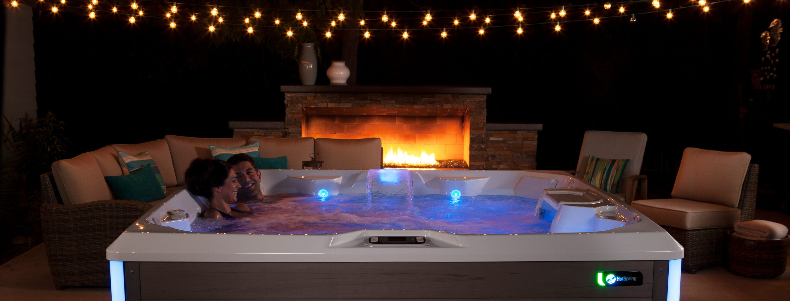 4 Tips for Your Next Hot Tub Date Night