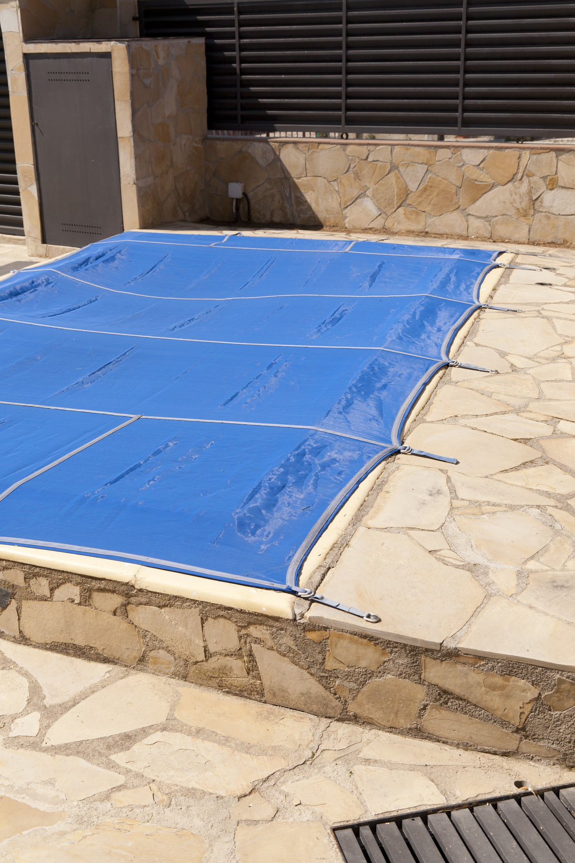 Common Pool Cover Problems