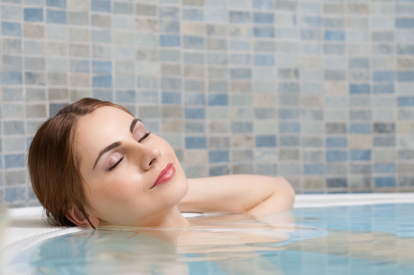 Hot Tubbing Can Help You Sleep Better