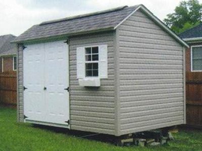 Vinyl Sided Cottage Backyard Leisure
