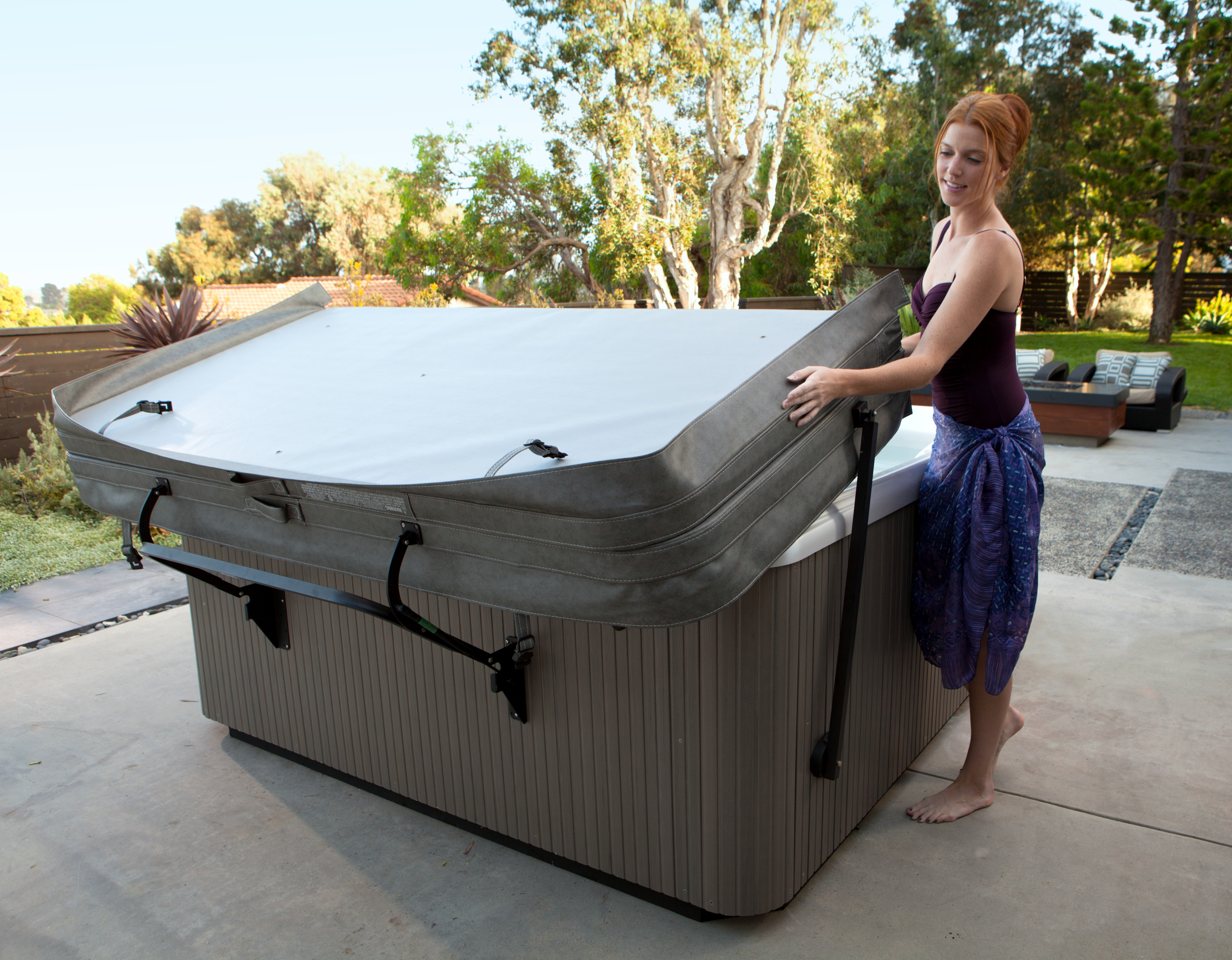 Remove your hot tub cover - no heavy lifting required - Backyard Oasis