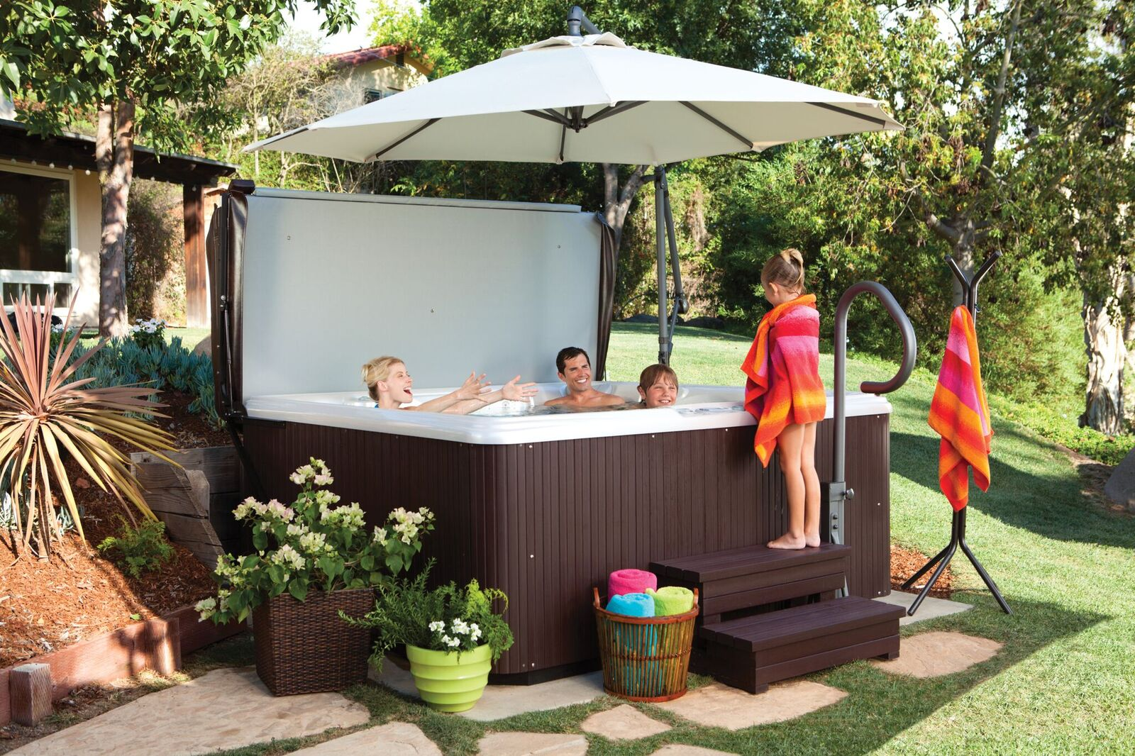 Hot Tubs: A Great Investment for Families with Kids ...