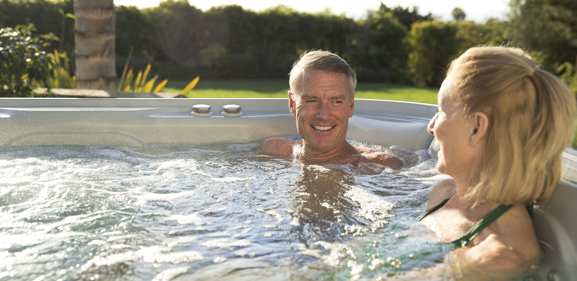 What Ailments Is a Hot Tub Good For?