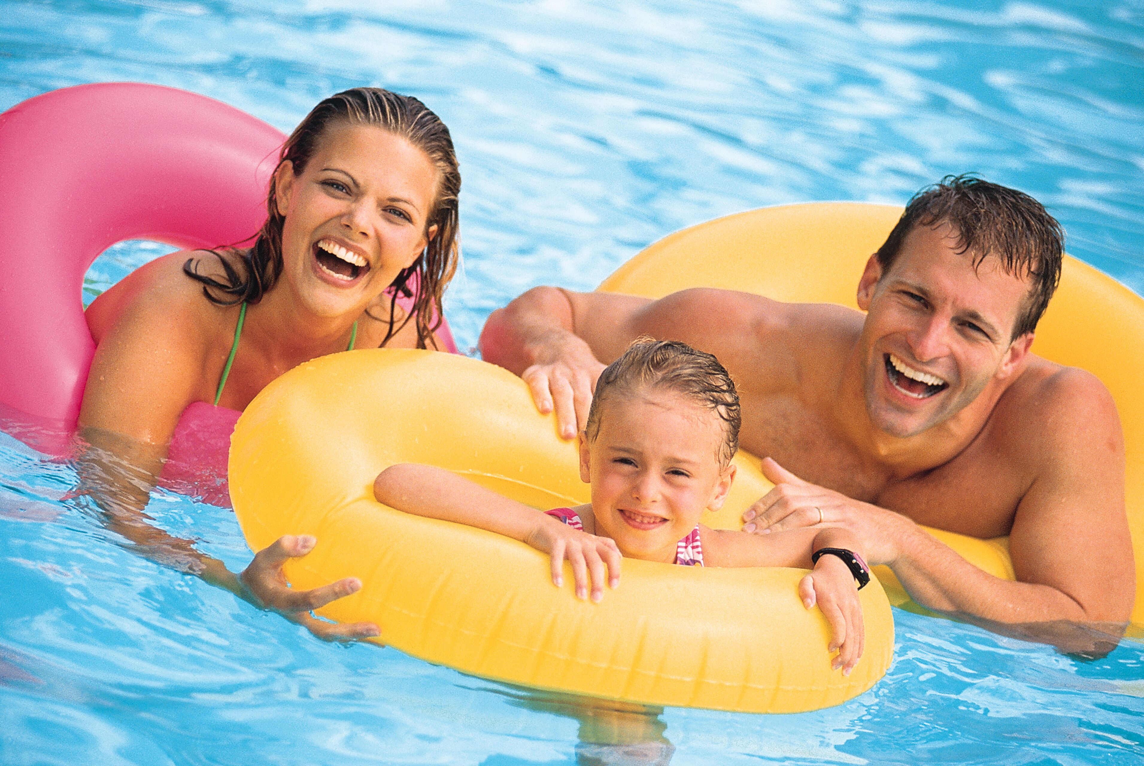 What Are the Advantages of Vinyl Pools?