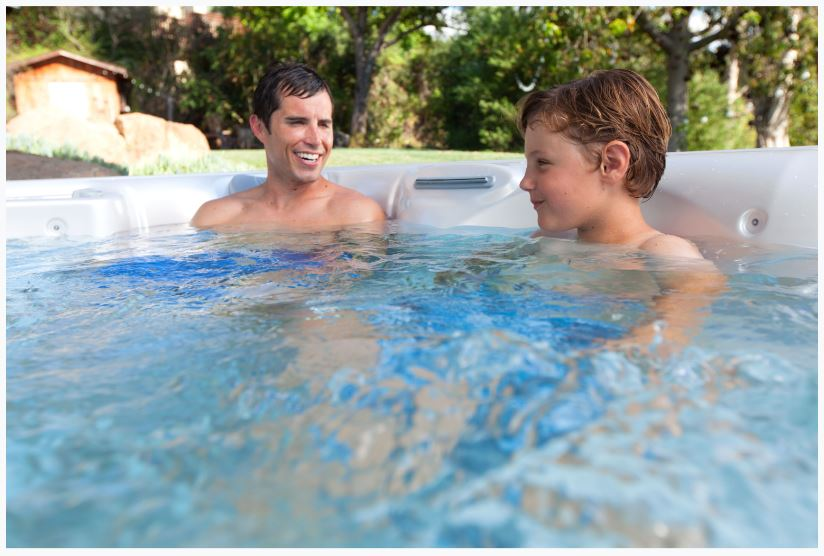 5 Games to Enjoy in Your Hot Tub This Winter