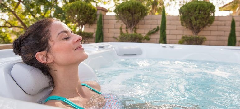 Are Saltwater Spas Really Un-Chlorinated?