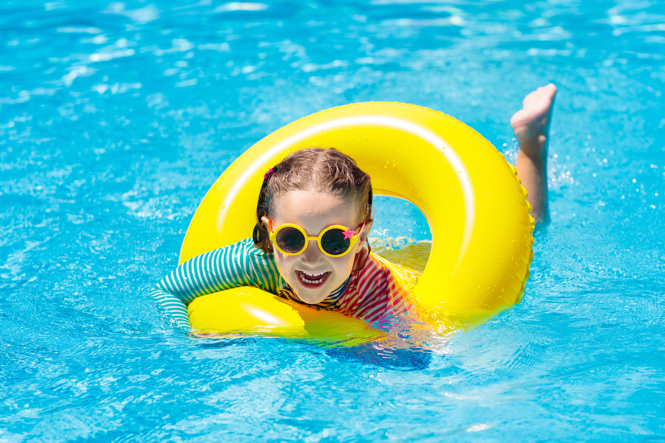 Get a Swimming Pool to Boost Your Summer Fun