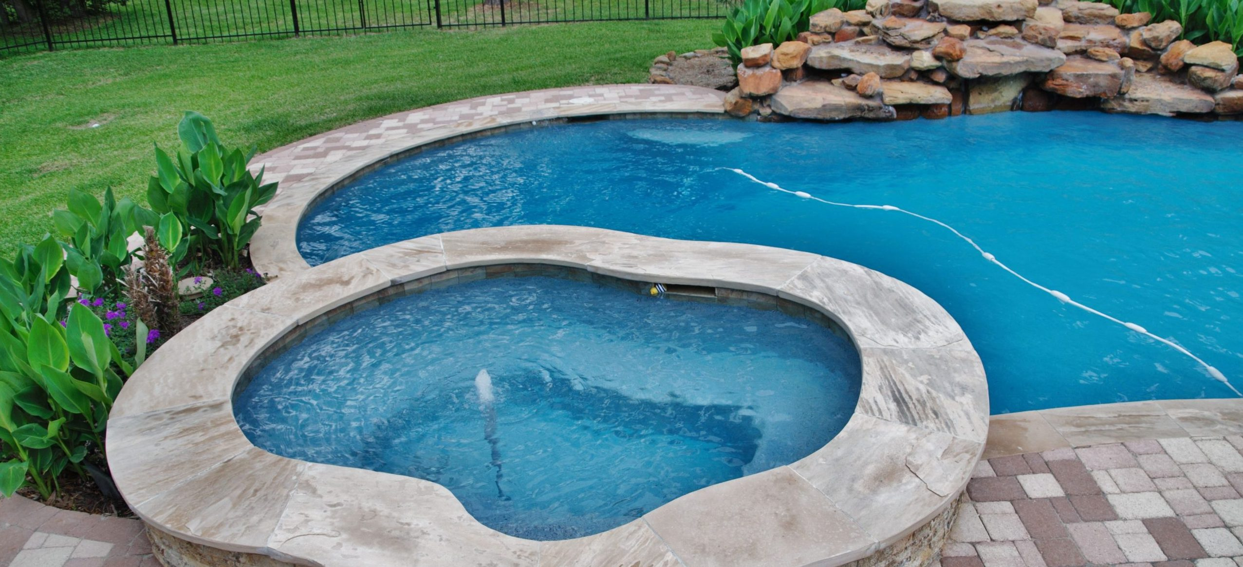 Why Fall is the Best Time to Schedule a Pool Renovation