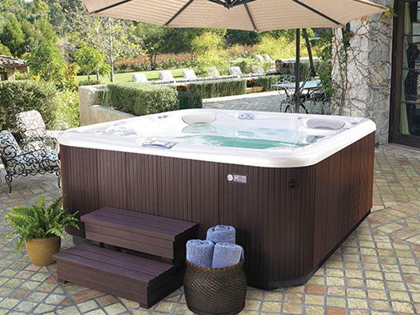 Hot Tub Repair & Maintenance Services Family Image