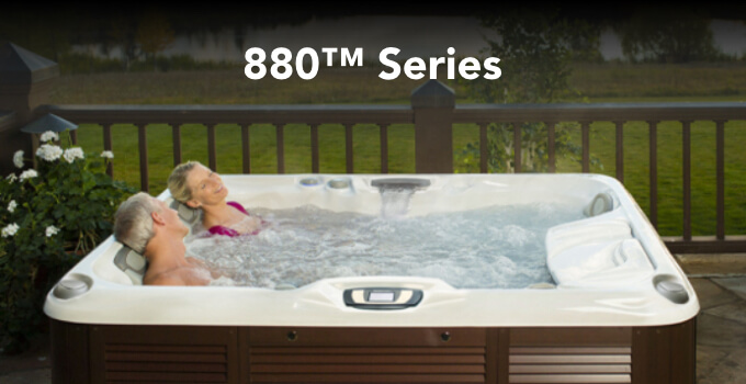 Lifestyle image of a family in a 880 Series spa