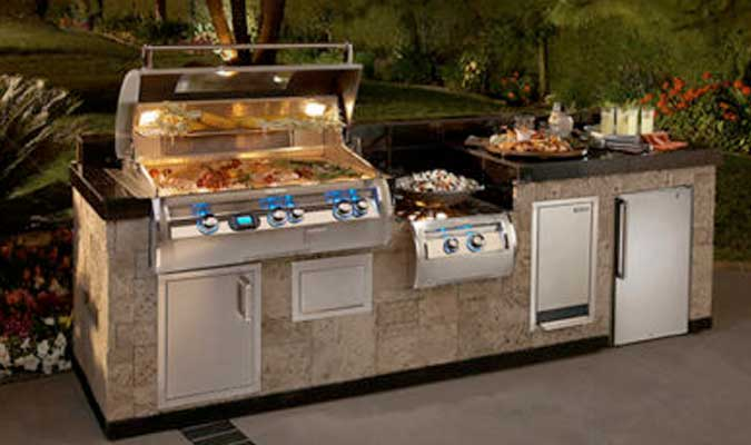 Outdoor Kitchens Family Image