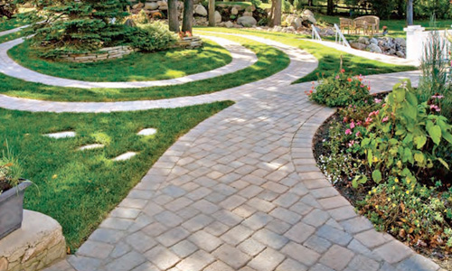 Outdoor Tecno-Bloc Pavers installed in garden