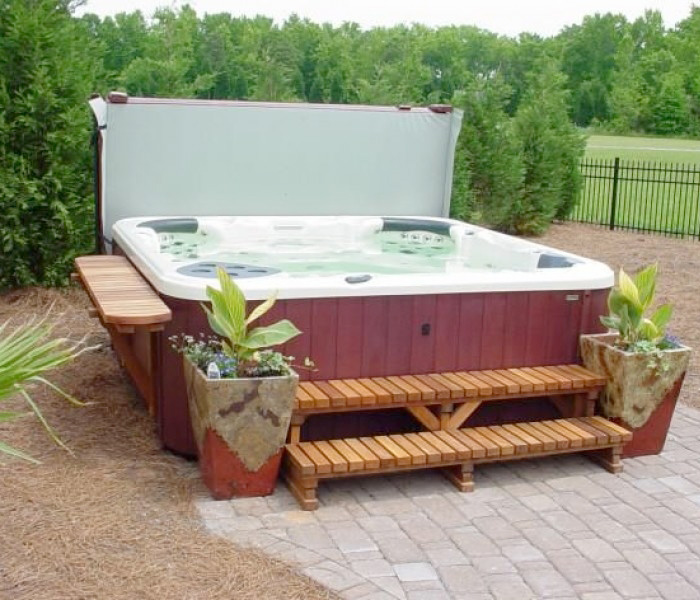 Hot Tubs Family Image