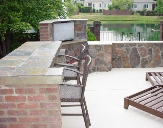 Outdoor Kitchens, TVs & Firewalls Family Image