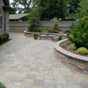 Backyard natural stone walkway construction